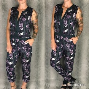 On the road Purple floral sleeveless pant suit